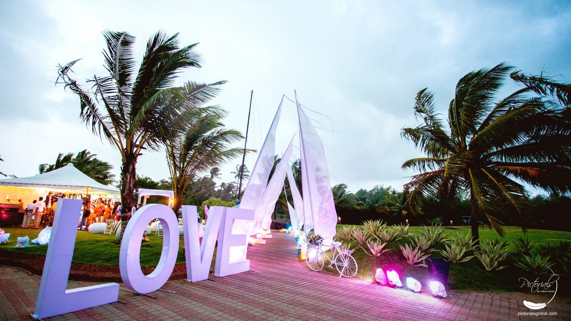 Pre-wedding photography in Goa
